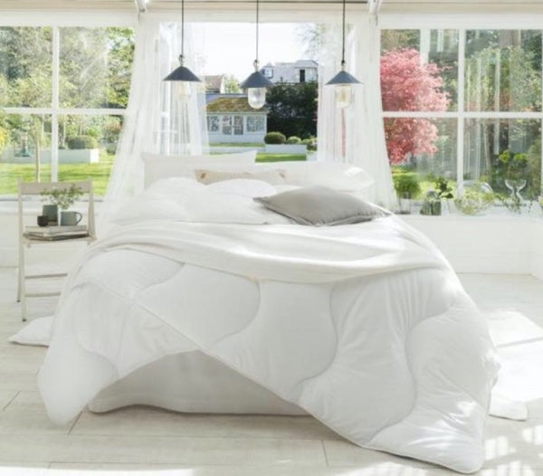 4.5 Tog Luxury Anti-Allergy Poly-Cotton Cover Hollow Fiber Duvets Bed Home Quilt