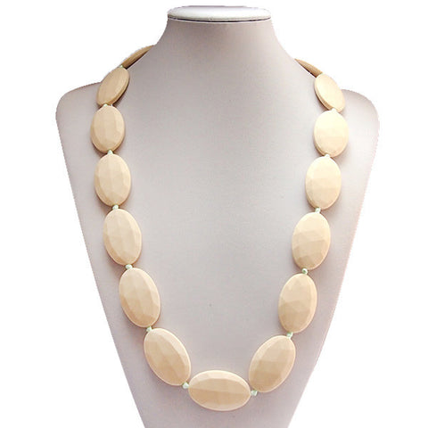 Katie Necklace Cream