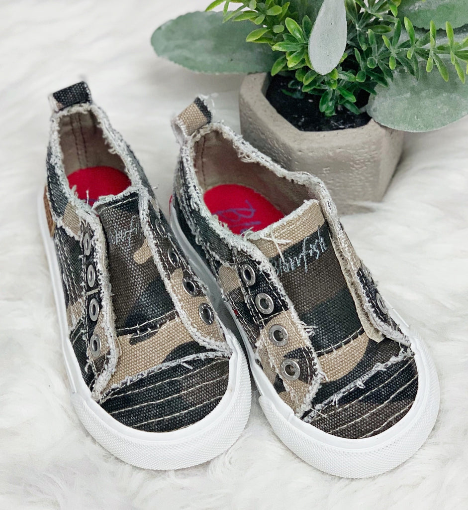 Play Sneaker- Natural Camo~ Blowfish TODDLER