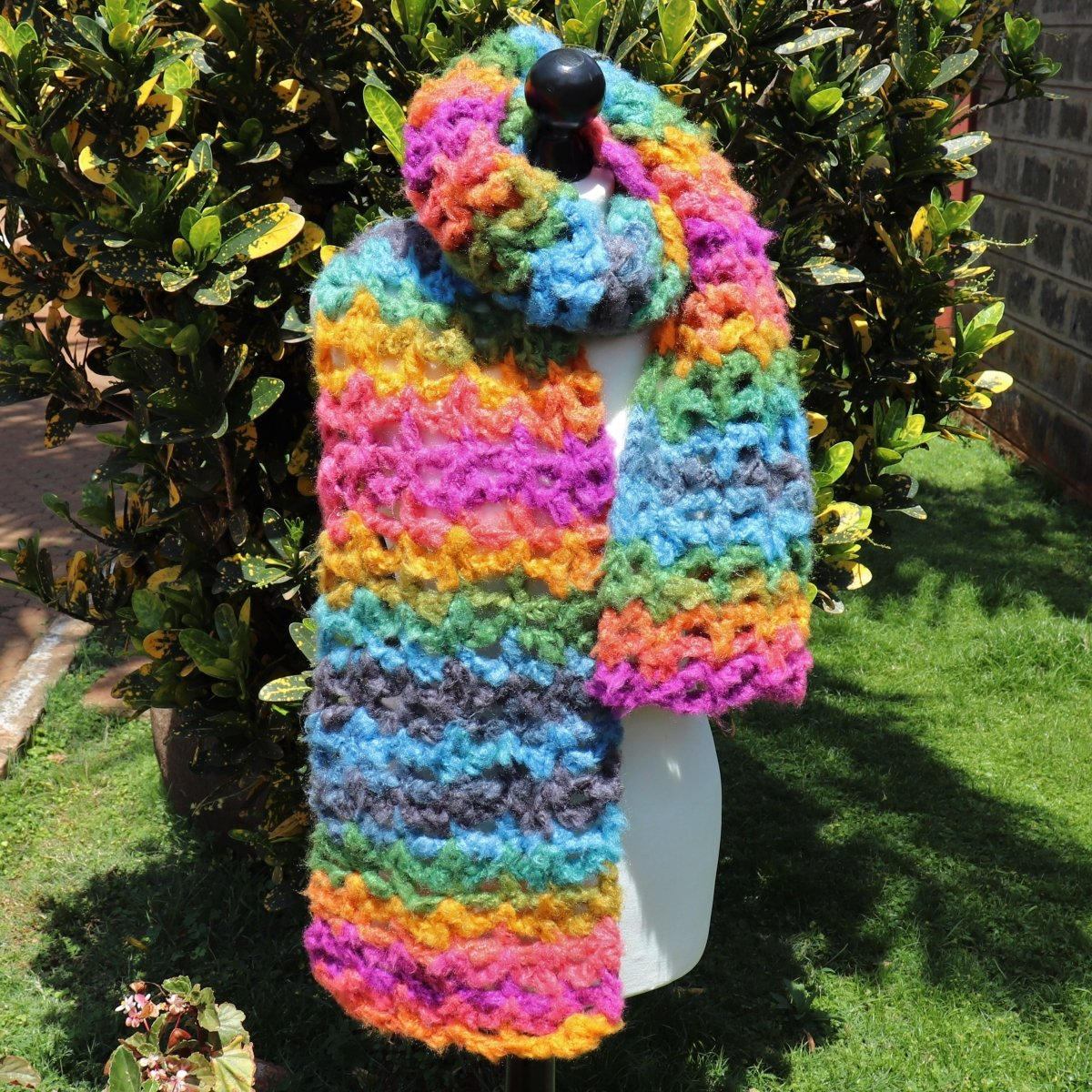 Easy Bulky Yarn Cakes Fluffy Rainbow Scarf - secretyarnery