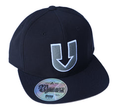 UDown Raised Embroidery Hat -black/light greys-