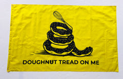 Doughnut Tread on Me Flag