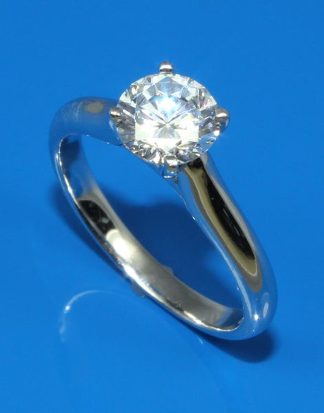 Simple Diamond Solitaire Ring Setting