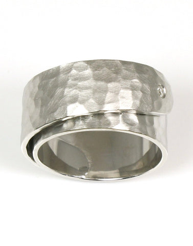 Diamond Hammered Buckle Ring