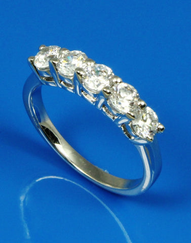 1.00ctw Five Diamond Band