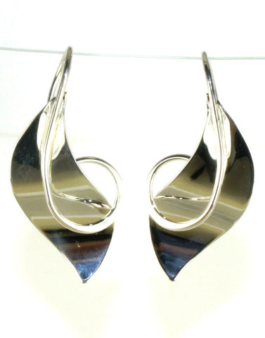 Kraneia Earrings by Ed Levin