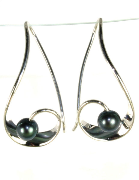 Mystic Black Pearl Earring by Ed Levin