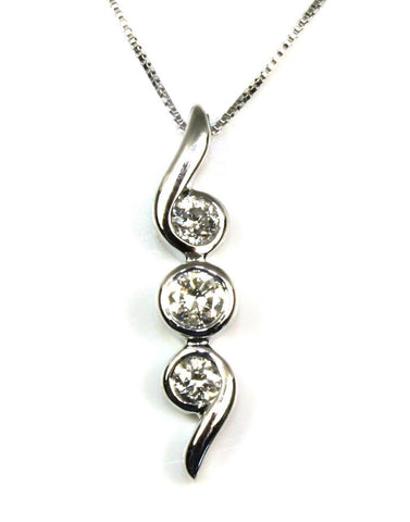 .20ctw Diamond Three Stone Necklace
