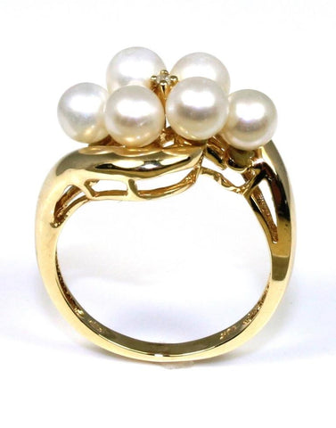 6 Pearl Ring