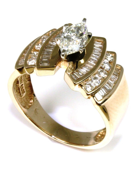 1 1/2ctw Marquise Diamond Ring