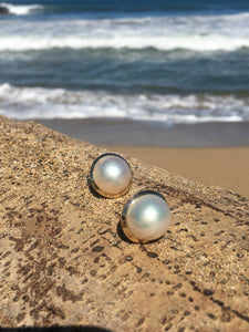 14k Mabe Pearl Earring