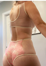 Load image into Gallery viewer, Impatiens Chantilly Lace Cut Out Panty