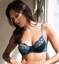 Load image into Gallery viewer, Iris Lace and Velvet Bra