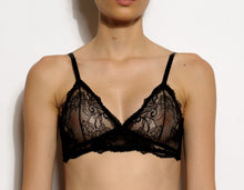 Load image into Gallery viewer, York Petite Triangle Lace Soft Bralette