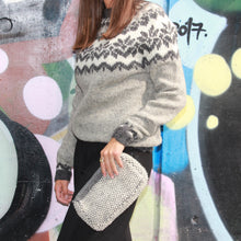 Load image into Gallery viewer, Vidak Sweater Grey (Women)