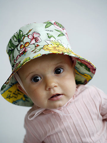 Dishy floral child's hat