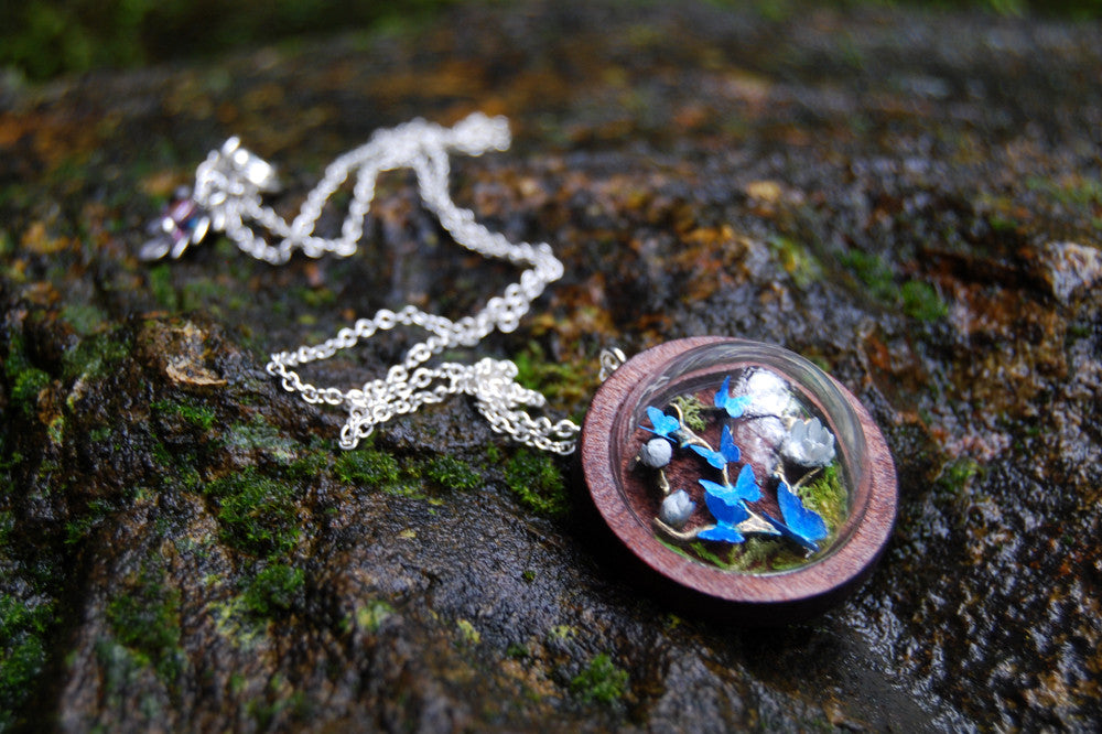 Butterfly Forest Terrarium Necklace | Woodland Moss Necklace | Whimsical Butterfly Necklace | Blue Butterfly Necklace - Enchanted Leaves - Nature Jewelry - Unique Handmade Gifts
