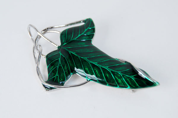 Elven Leaf Brooch | Lord of the Rings Jewelry | Frodo Baggins Cosplay | Green Leaf - Enchanted Leaves - Nature Jewelry - Unique Handmade Gifts