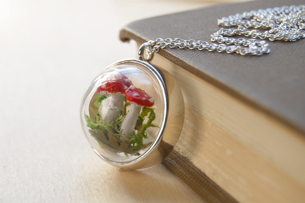 Mushroom Forest Terrarium Necklace | PRE-ORDER ONLY | Woodland Toadstool Jewelry - Enchanted Leaves - Nature Jewelry - Unique Handmade Gifts