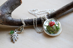 Small Mushroom Forest Terrarium Necklace | Toadstool Nature Pendant Necklace | Handmade Mushroom Jewelry