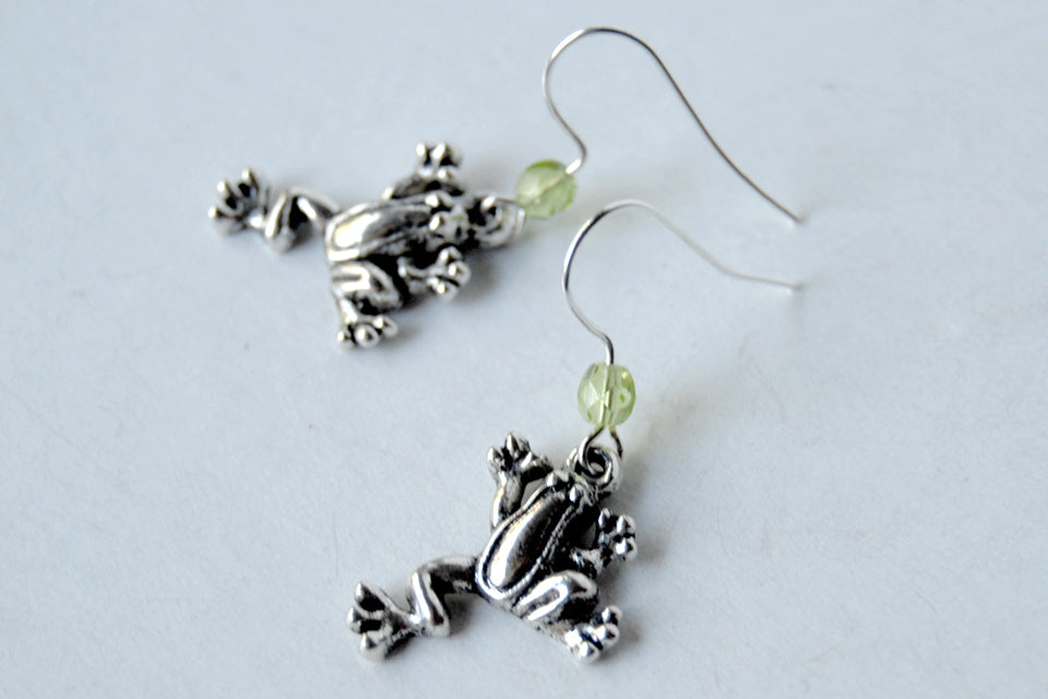 Silver Frog Earrings | Frog Charm Earrings | Cute Frog Jewerly - Enchanted Leaves - Nature Jewelry - Unique Handmade Gifts