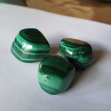 Load image into Gallery viewer, Crystals - Malachite Tumbled Stone