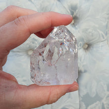 Load image into Gallery viewer, Crystals - Cracked/Crackled Quartz Point with Flat Base