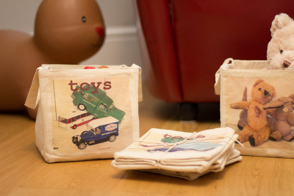 20 & 30cm Vintage cars toy storage cube