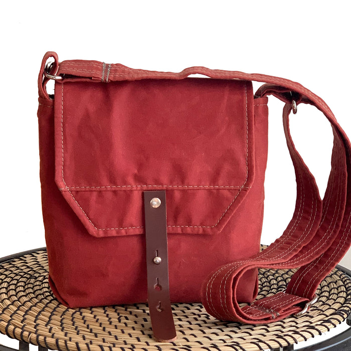 Hobe Satchel Sailcloth Waxed Canvas Bag - Red