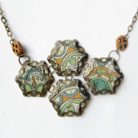 Hexie Quartet Necklace, Pistachio {A}