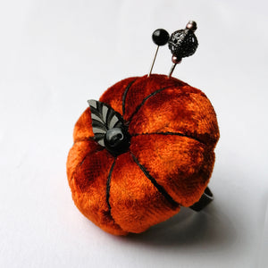 Velvet Pumpkin Pincushion Ring