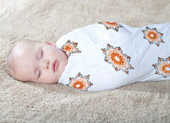 Aden + Anais, Swaddle, Bamboo Medalions, lifestyle