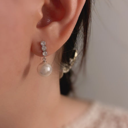 Grace Pearl Earrings - Silver