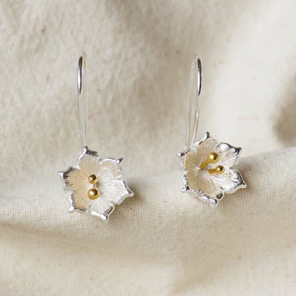 Narcissus Flower Hook Earrings - Gold Anther