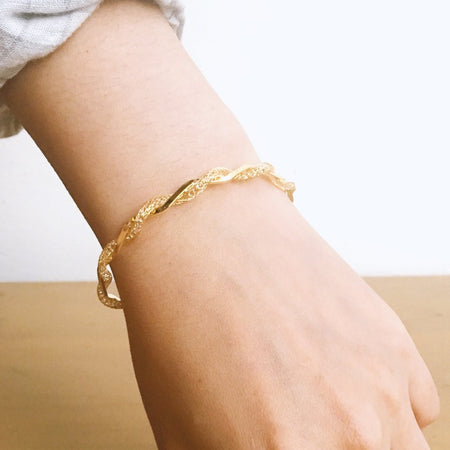 Crystal Twist Cuff - Gold