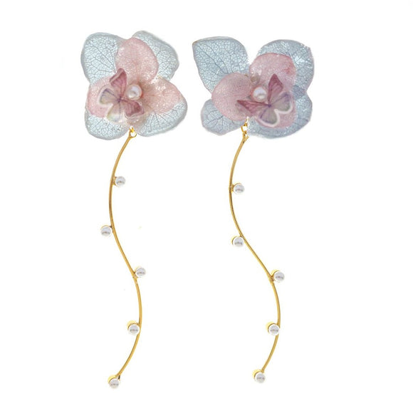 Romance Earrings - Frost/Gold