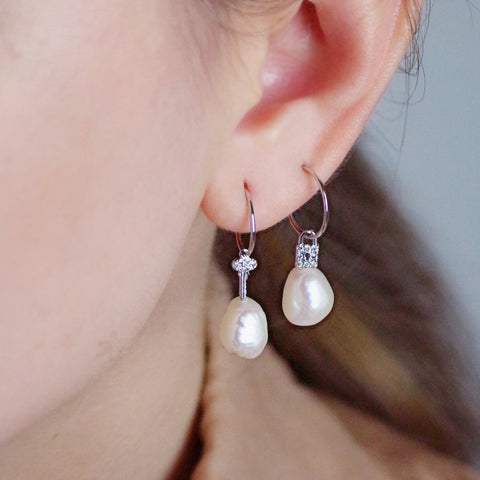 Key & Lock Pearl Drop - Silver