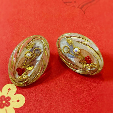 Vintage Resin Studs - Gold - Red Purple
