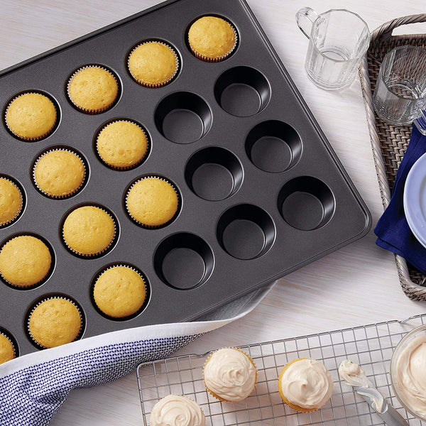 24-Cup Perfect Results Mega Muffin Pan