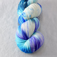 Across the Universe - Miss Babs Killington yarn