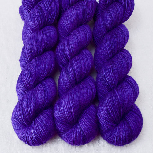 Amethyst - Miss Babs Yummy 2-Ply yarn