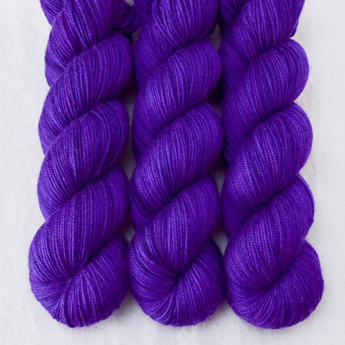 Amethyst - Miss Babs Yummy 3-Ply yarn