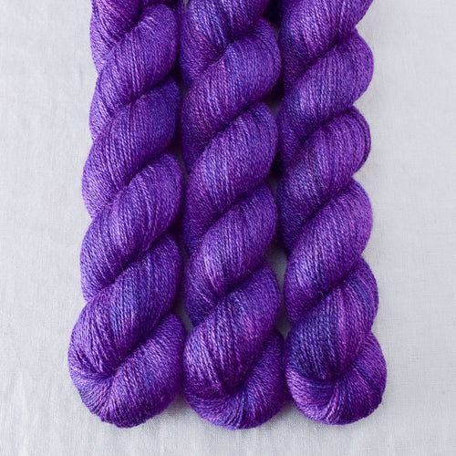 Amethyst - Miss Babs Yet yarn