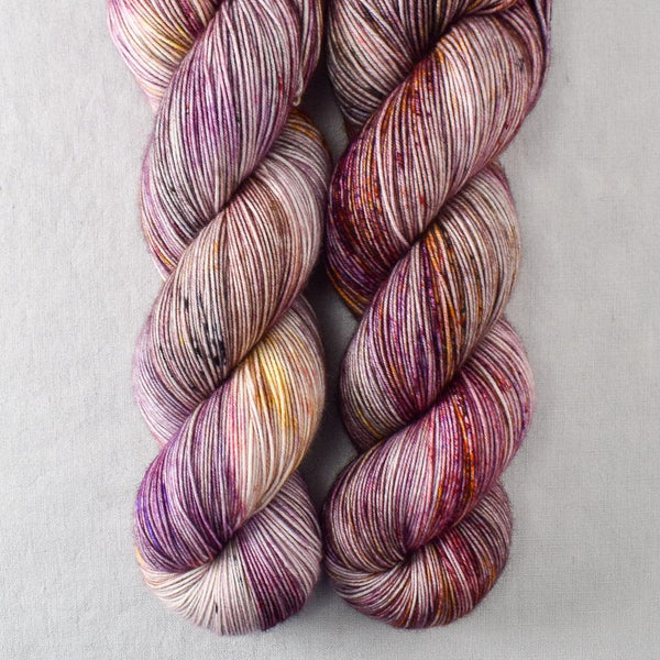 Autumn Toad Lily - SAFF 2020 - Miss Babs Keira yarn