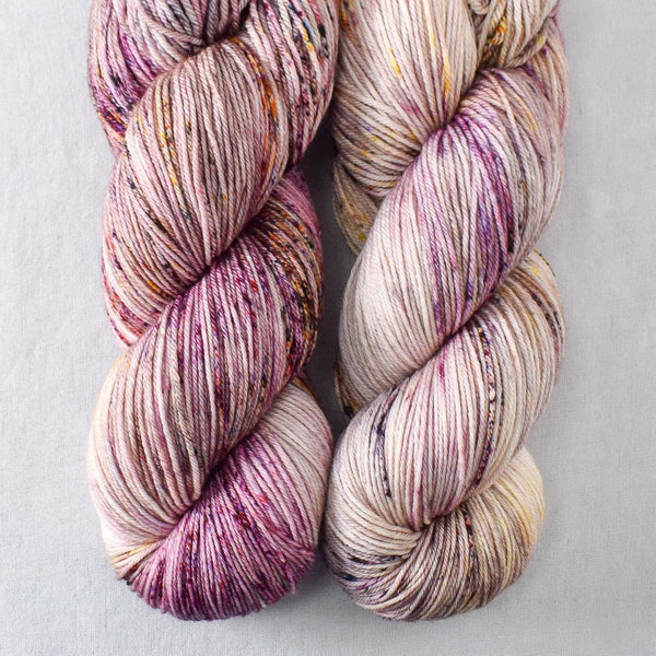 Autumn Toad Lily - SAFF 2020 - Miss Babs Yowza yarn