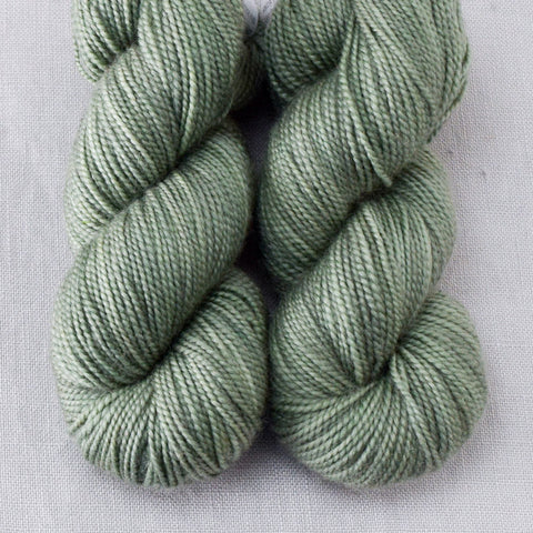 Avoir - Miss Babs 2-Ply Toes yarn