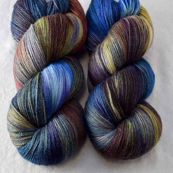 Bats**t Crazy - Miss Babs Killington yarn