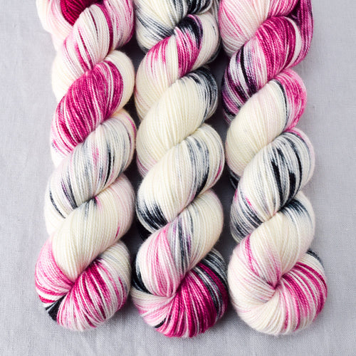 BFF - Miss Babs Yummy 2-Ply yarn