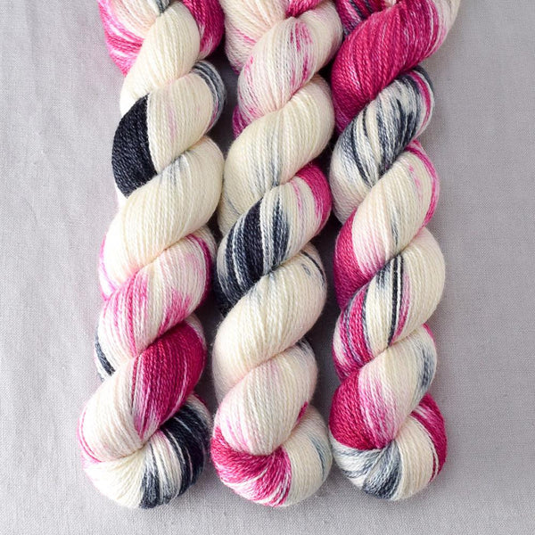 BFF - Miss Babs Yet yarn