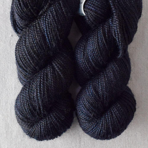 Blackbird - Miss Babs 2-Ply Toes yarn